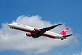Delta 767 (5754698029).jpg