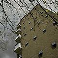 Detail van zijgevel van flat met balkons - Utrecht - 20398304 - RCE.jpg