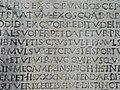 Dettaglio testo inciso su Testamento Aulo Quintilio - panoramio.jpg