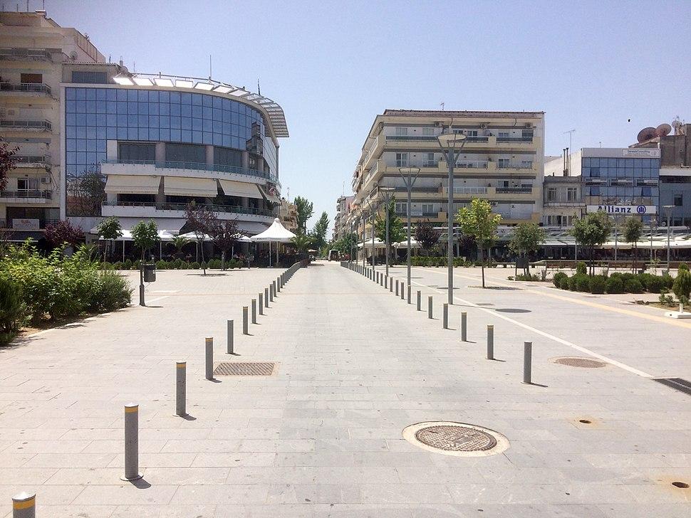 Die Athanasiou Pantazidou Straße im Stadtzentrum (2017)
