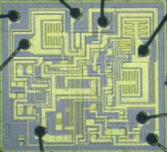 555 timer IC - Die of the first 555 chip (1971)