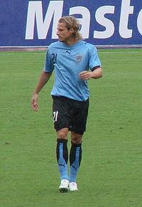 Diego Forlán.jpg