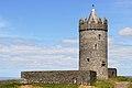 Doonagore Castle, Doolin (506356) (27276943185).jpg