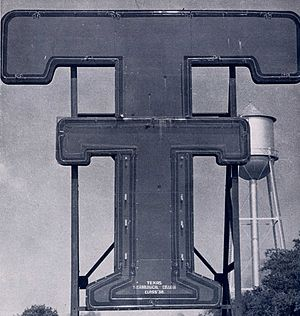 Double T - Neon Double T sign in 1948