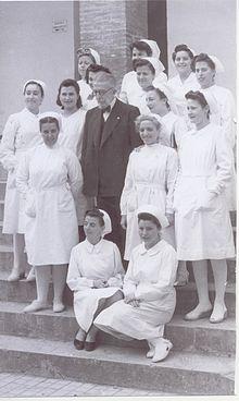 Dr. Gálvez Ginachero en la Escuela de Matronas