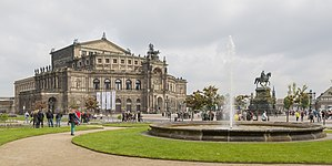 Dresden Germany Exterior-of-Semperoper-01.jpg