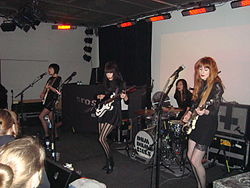Dum Dum Girls Linz 2011.jpg