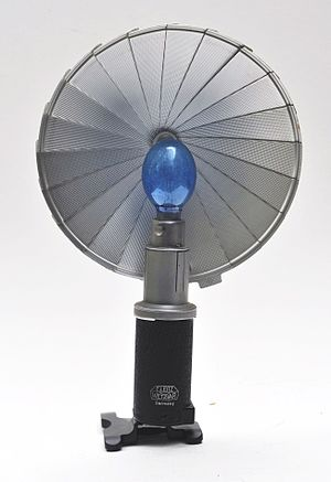 Flash (photography) - Ernst Leitz Wetzlar flash from 1950s