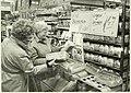 Een kijkje bij de supermarkt van Codi, NL-HlmNHA 5400465072.JPG