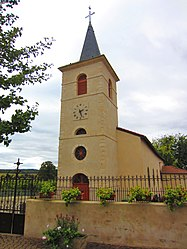 The church in Tragny