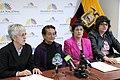 """El Grupo """"Plataforma Nacional por los Derechos de las Mujeres"""" y la asambleísta nacional Cecilia Jaramillo, alterna de Jorge Escala (MPD) en rueda de prensa (6816011878).jpg"""