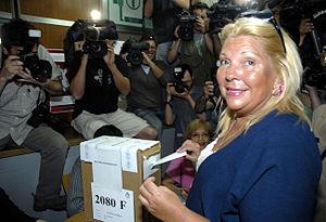 Argentine general election, 2007 - Image: Elisa Carrió votes (2007 10 28) 2