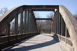Pedestrian bridge over the Cottonwood River at Soden's Grove