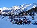 Ende eines Skischultages in Saas-Fee - panoramio.jpg