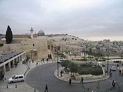 Entrance to the Western Wall, Jerusalem (882810579).jpg