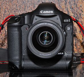 Eos-1D Mark III Front View.jpg