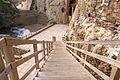 Escalera de acceso a la plataforma sobre la cala de los Galápagos, Melilla (3).jpg