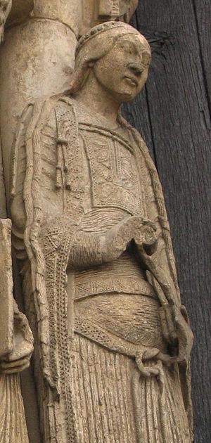 Bliaut - Image: Esculturas de Chartres 3 detail bliaut
