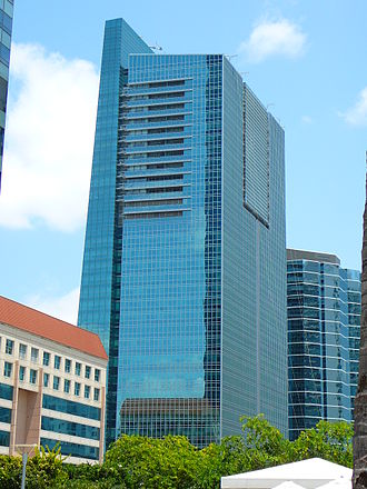 Brickell Arch - Image: Espirito Santo Plaza backside