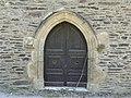 Estaing chapelle St Fleuret portail.jpg