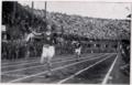 Ettore Tavernari vince i 400 metri piani allo Stadio Littoriale - 1927.png