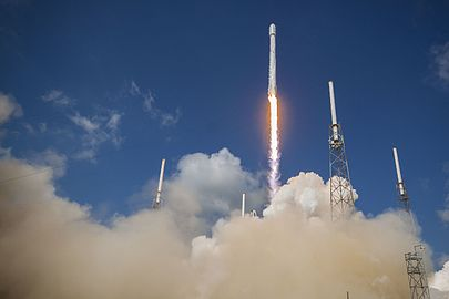 Eutelsat-ABS launch (27661325446).jpg