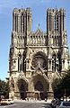 Facade of the Cathedral of Notre-Dame of Reims, 1981.jpg