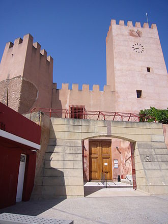 Bétera - The facade of Bétera Castle in 2008
