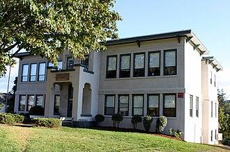 Falls City, Oregon - Falls City High School