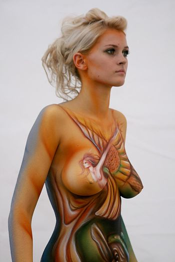 English: World Bodypainting Festival Asia . Da...