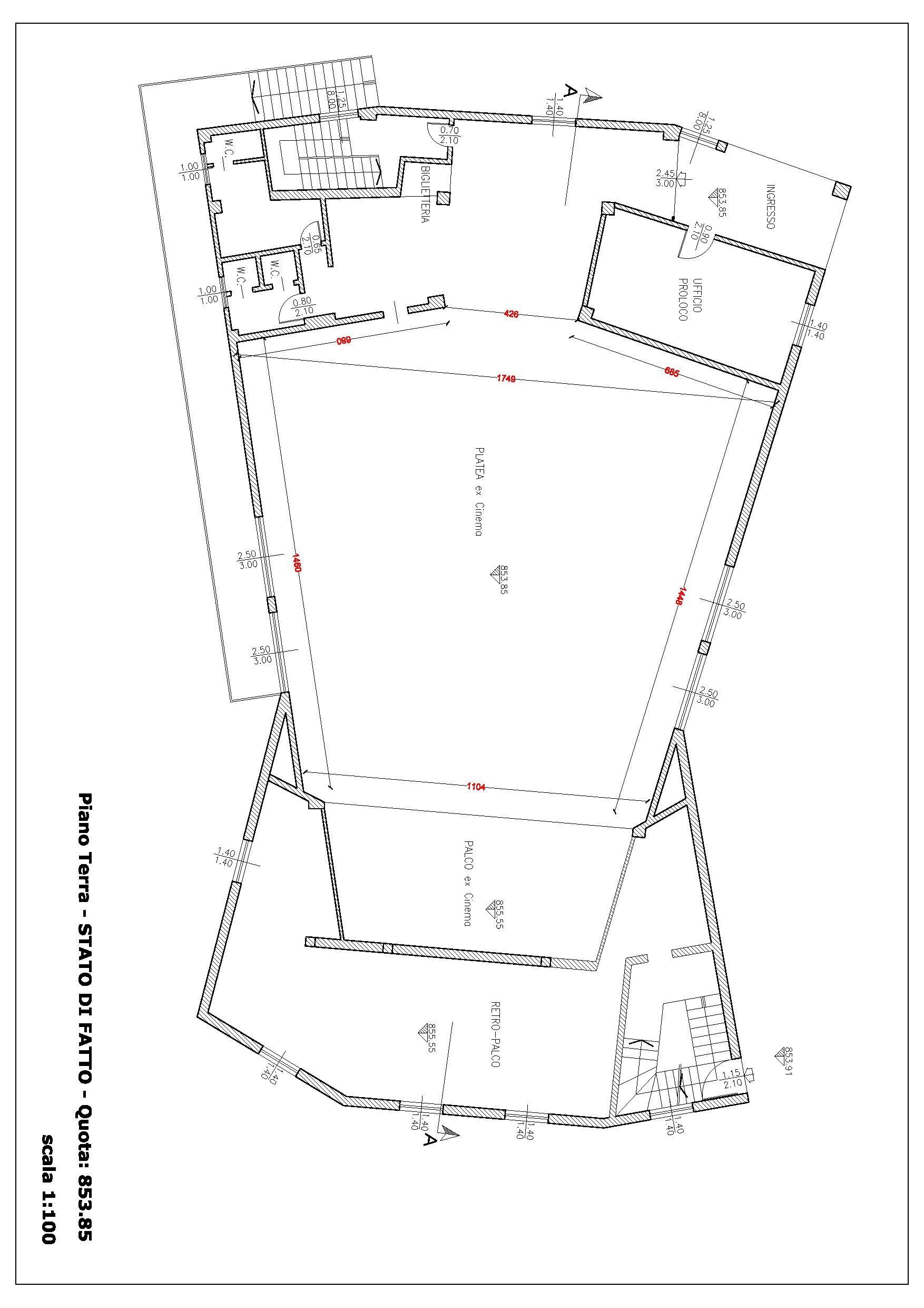 File floor plan of the sport hall of esino for Deckplan com piani di coperta gratuiti