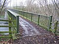 Footbridge over M2 motorway - geograph.org.uk - 733403.jpg