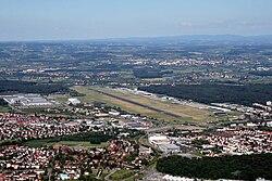 FriedrichshafenAirport.JPG