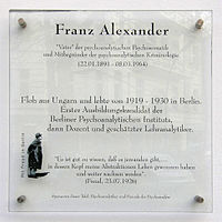 Gedenktafel Franz Alexander.jpg