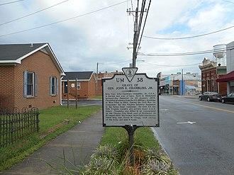 Hicksford–Emporia Historic District - Image: General John R Chambliss Grave VA HM