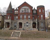 Georgia Row House (Omaha) from E 1.JPG