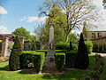 Gerberoy , le Monument aux Morts.jpg