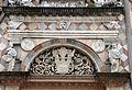 Giovanni antonio amadeo, facciata della cappella colleoni, 1472-75, finestra di dx 03.JPG