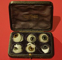 Glass eyes 1870-1920.jpg