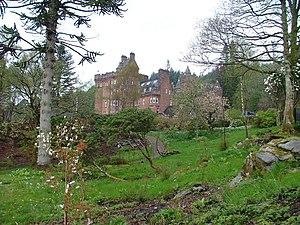 Glenborrodale - Image: Glenborrodale Castle geograph.org.uk 410895