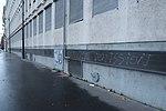Graffiti anti-Macron, quai Louis-Blériot, Paris 16e.jpg
