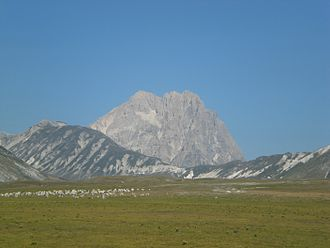 Gran Sasso e Monti della Laga National Park - Image: Gran Sasso mountain CIMG2759