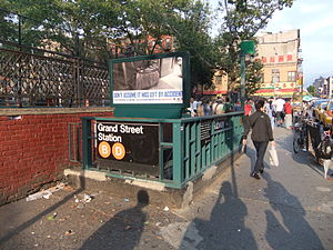 Grand Street (IND Sixth Avenue Line) - 1960s-era entrance at the northeast corner of Chrystie Street and Grand Street