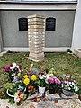 Grave stone Bergfriedhof Schleiz 13.jpg
