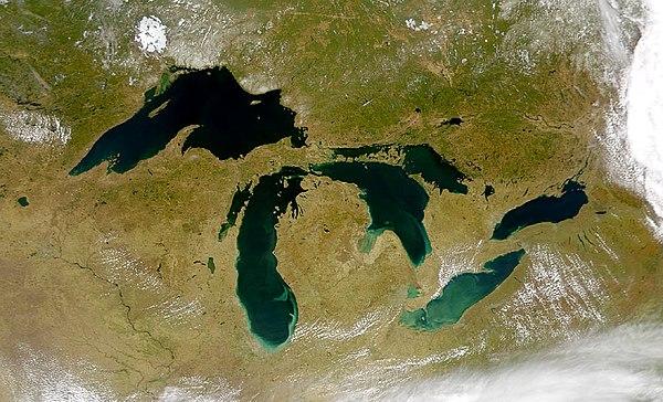 Wielkie Jeziora Północnoamerykańskie - Huron w centrum. Fot. SeaWiFS Project, NASA/Goddard Space Flight Center, and ORBIMAGE.