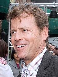 Greg Kinnear
