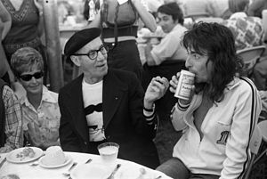 Groucho Marx and Alice Cooper at Rancho Mission Viejo, 1974 (25770467042).jpg