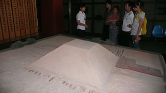 Chinese pyramids - A modern model portraying how Emperor Jing's tomb complex would have appeared upon completion