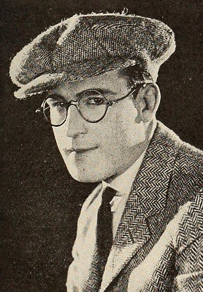 File:Harold Lloyd - Dec 1922 ETR.jpg