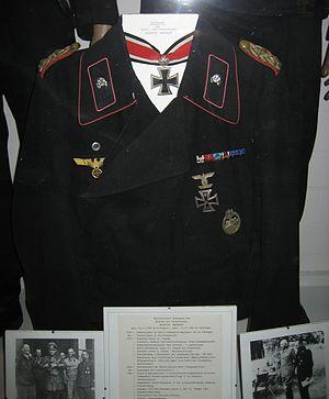 Heinrich Eberbach - Heinrich Eberbach's uniform (Deutsches Panzermuseum Munster)